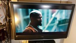 "Sony Bravia 50"" Kdl-46S2010 With Remote not a smart tv."